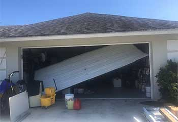 Garage Door Off-Track | Garage Door Repair Riverdale, GA